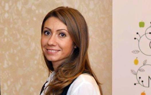 Simona Chimisliu (Cămara Cu Merinde)