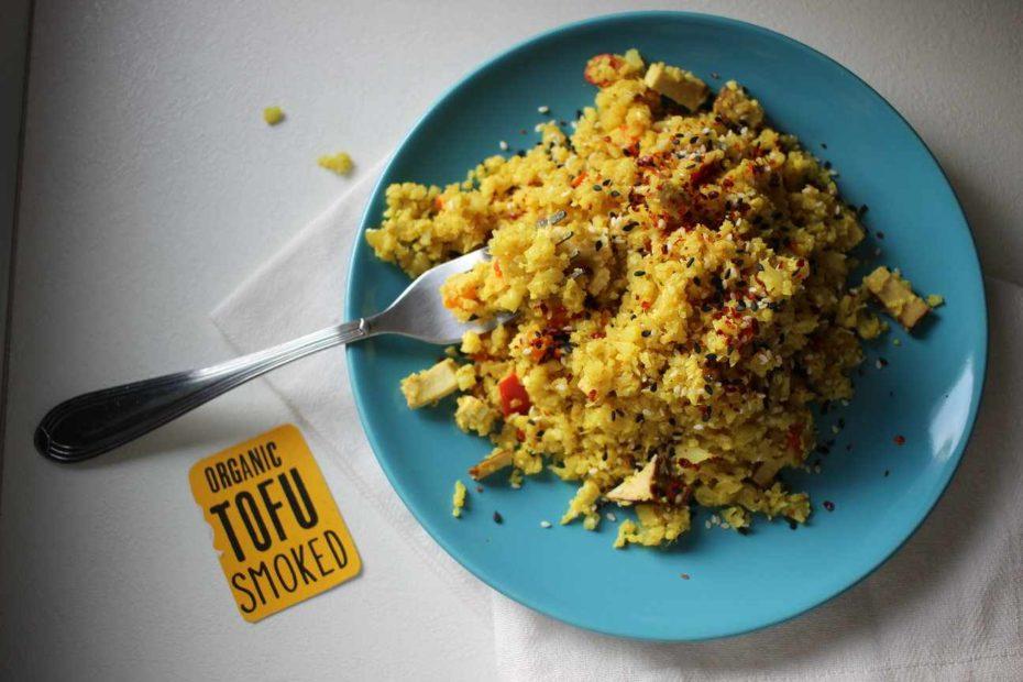 Conopidă Picantă cu Tofu Afumat